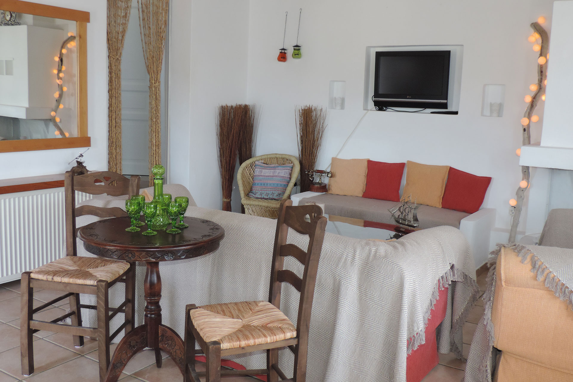 The sitting room of Elia family house at Kavos